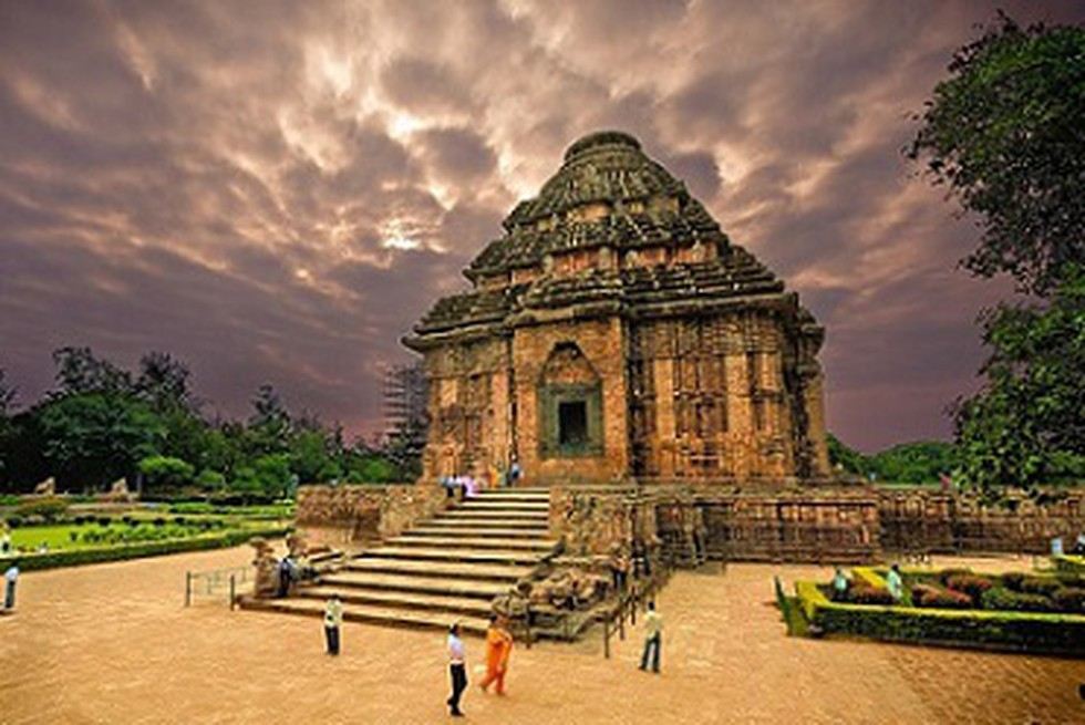 10 Most Amazing Monuments Of India That You Must Visit
